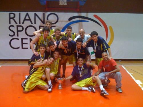 2010 - La squadra under 15 Campione d'Italia dopo la conquista del Titolo Regionale